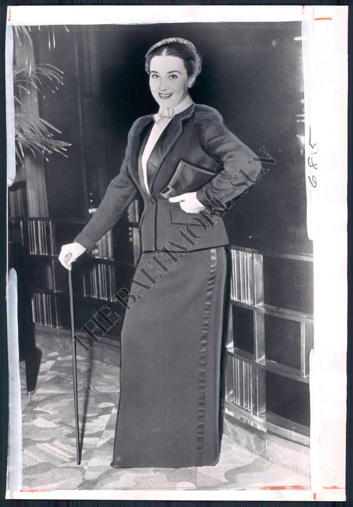 Baltimore Sun Photo Archive Photo of Fashion Women's Clothes ( BEX-363-BS ) at Sears.com