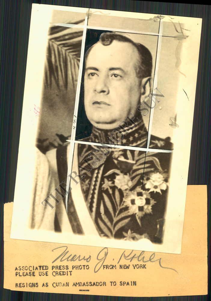 BS-PHOTO-haw-084-Mario-Garcia-Kohly-Cuban-Ambassador